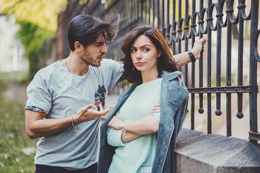 En amour, regardez au-delà des apparences
